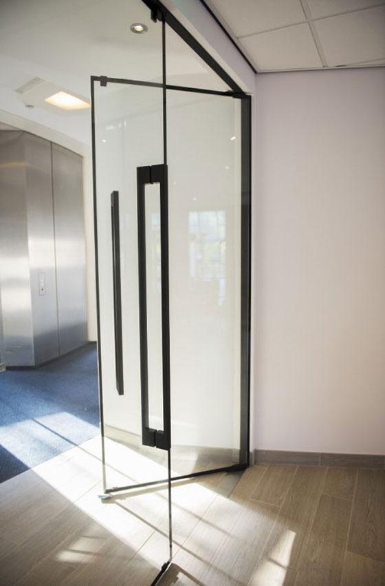 Lunax Door